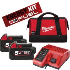 Energy kit Milwaukee M18NRG-502B caricabatterie + borsa + 2 batterie 5 Ah